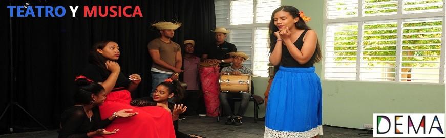 Jóvenes presentan drama
