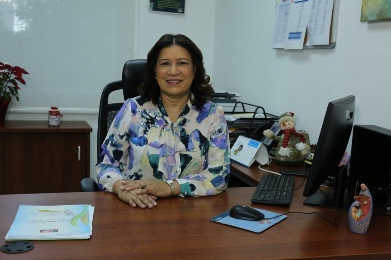 imagen Directora de Orientación y Psicología del MINERD, Minerva Pérez Jiménez