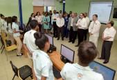 imagen Ministro Andrés Navarro junto a Ministros de Centroamérica recorren centros educativos