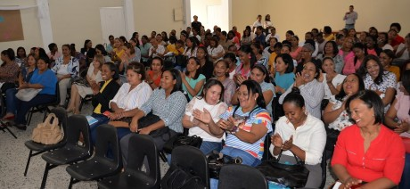 imagen La Regional de Educación 05 estuvo representada por Juana Odalys Caraballo, coordinadoradel nivel Primario; Margarita Ramírez Silvestre, coordinadora del Primer ciclo, y Felicia María Zapata Benítez, técnica de Lengua Española y de Equidad de Género.