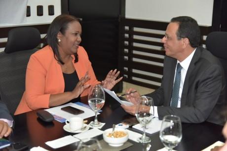 imagen Ministro de educación Antonio Peña Mirabal