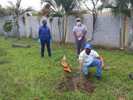 imagen Aslini Brito, director Regional 06, La Vega; Ronald Santana, Regional 10, y otros.