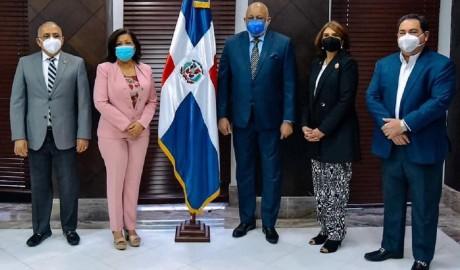 imagen Los ministerios de Educación y Salud Pública