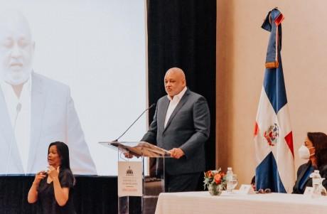 imagen El ministro de Educación Roberto Fulcar