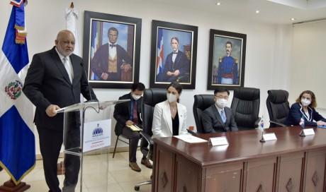 imagen El embajador de la República de Corea, Lee Inho