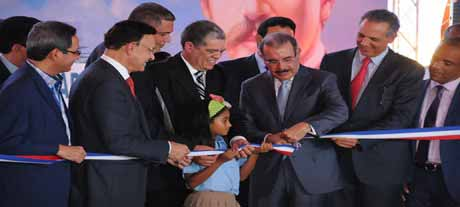 imagen Presidente Medina inaugura en Nagua nueve escuelas que suman 93 aulas al sistema educativo