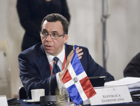 imagen Ministro Andrés Navarro junto a sus homólogos de Estados Iberoamericanos