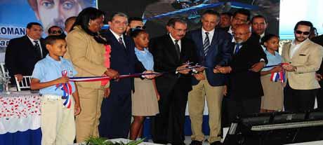 imagen Presidente Medina inaugura en La Romana las escuelas 31 y 32 de las últimas tres semanas