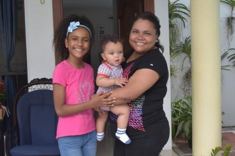 imagen Santos Mora, madre de una niña de 10 años y un niño de apenas 7 meses de nacido