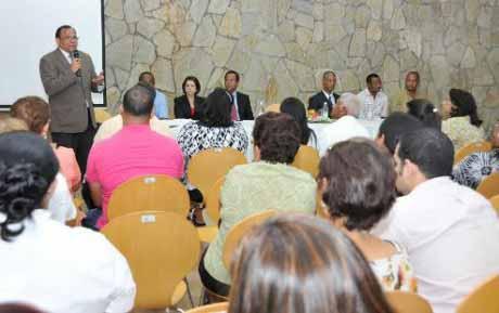 imagen INABIMA paga 16 millones de pesosa maestros jubilados